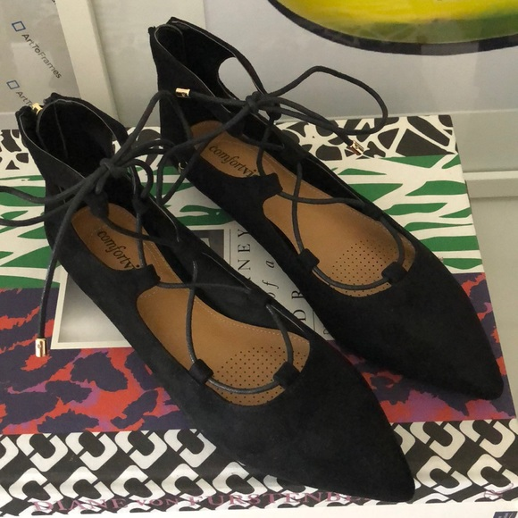Shoes - Black lace up flats
